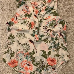 Floral print sleeveless blouse with tie details